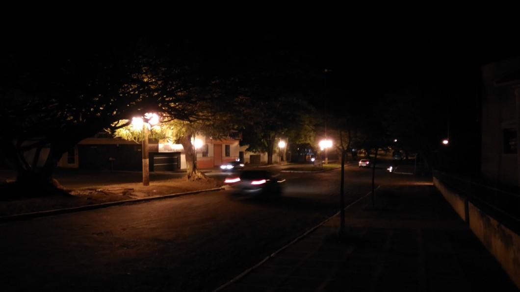 Modo noturno; pouca luz e movimento