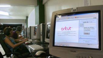 Dona de comunidade no Orkut é condenada por zombar de rapaz com deficiência