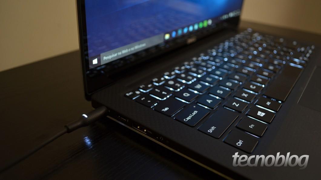teclado-on-escuro-carregando-xps-13