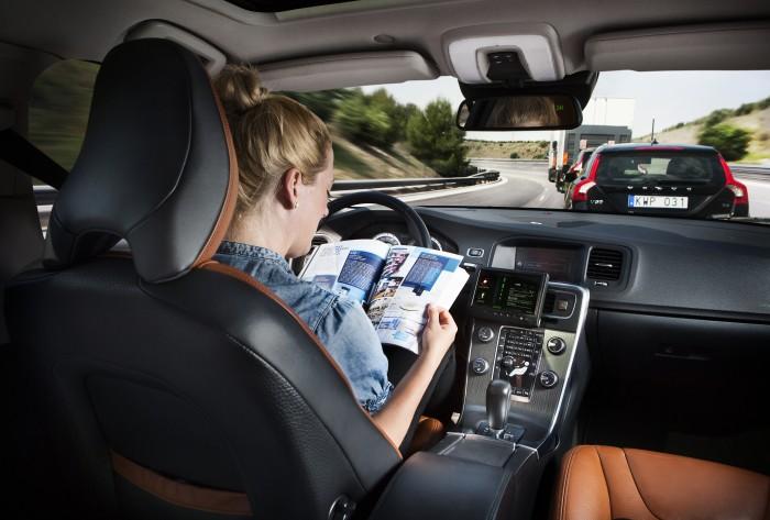 self-driving-cars-abre-tecnoblog