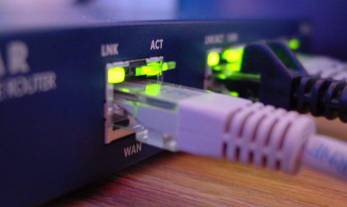 cabo-rede-internet-banda-larga-ethernet-conexao-7