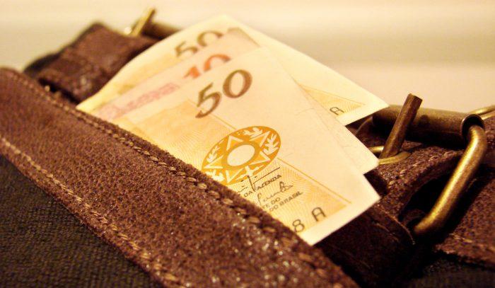 dinheiro-carteira