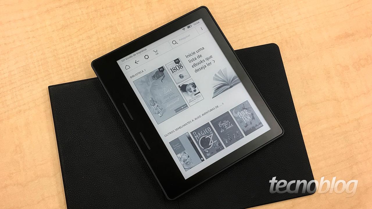 fa82ceb0ea915 A Amazon anuncia nesta quarta-feira (13) a oitava geração do Kindle.  Batizado de Oasis, o leitor de ebooks adota um formato diferente de todos  os modelos ...