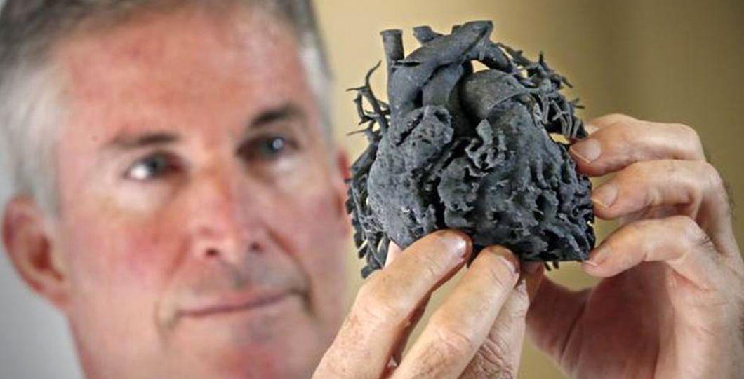 Réplica de coração feito em impressora 3D