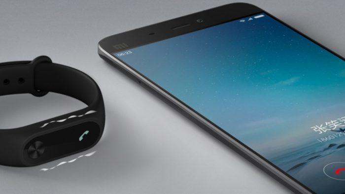 mi-band-2-smartphone