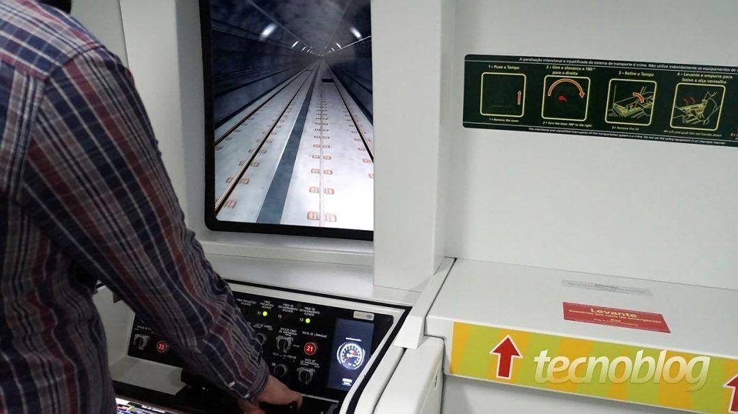 Simulador da Linha 4-Amarela