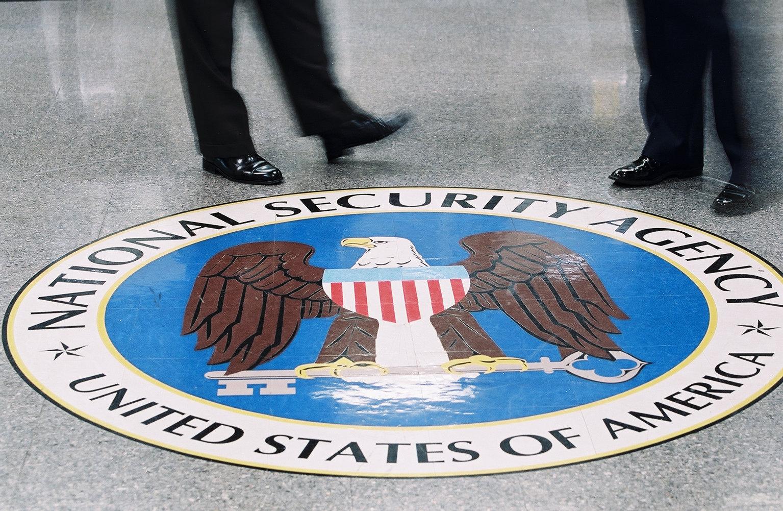 Hackers russos roubaram dados à NSA