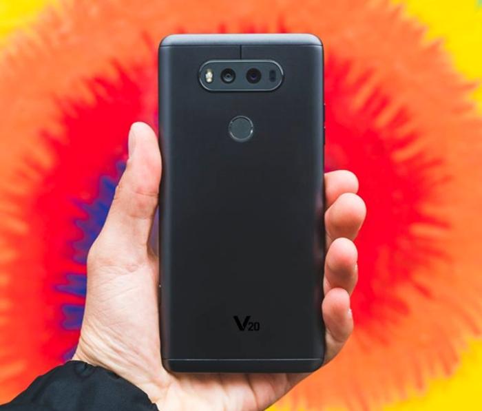 LG V20 - traseira