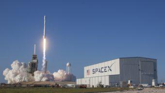 SpaceX recebe autorização para fornecer banda larga de alta velocidade com 4.425 satélites