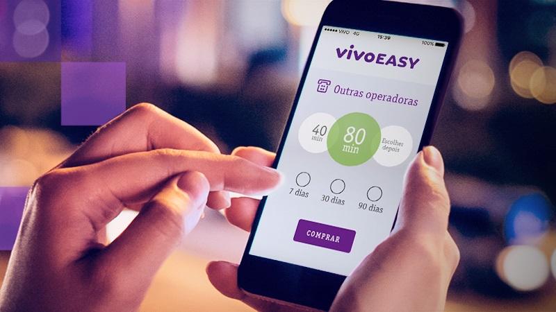 Celular com tela do Vivo Easy