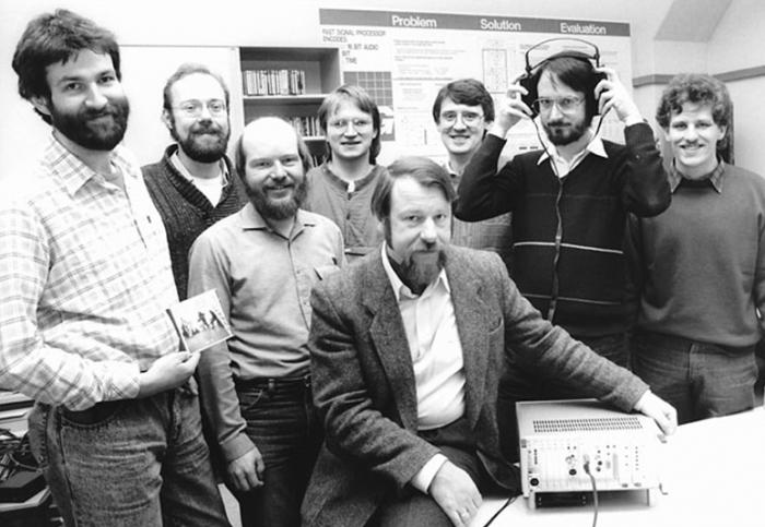 A equipe da Fraunhofer que ajudou a desenvolver o que mais tarde seria o MP3