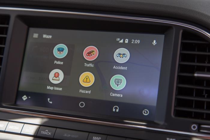 google testa waze para android auto tecnoblog. Black Bedroom Furniture Sets. Home Design Ideas
