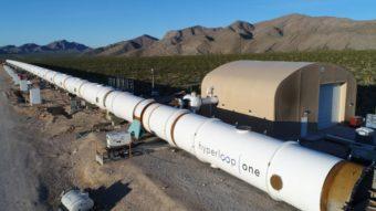 Hyperloop, transporte do futuro, completa primeiro teste bem-sucedido em tubo de vácuo