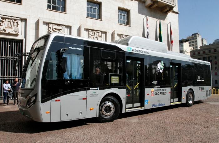 Ônibus elétrico - BYD e Caio