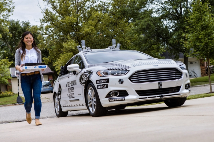 Ford e Domino's testam carro autônomo para entrega de pizzas