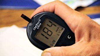 """Cientistas criam """"pâncreas artificial"""" que controla diabetes usando o smartphone"""