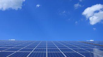 Bolsonaro diz que Aneel manterá subsídio para energia solar