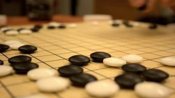 Inteligência artificial do Google aprende sozinha a jogar Go e derrota campeão mundial