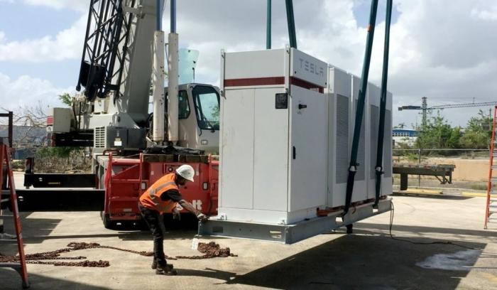 Tesla - Porto Rico