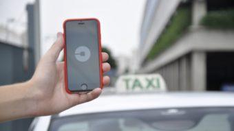 Cidades brasileiras tentam impor limite máximo de carros do Uber, 99 e outros