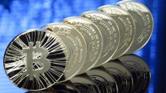 Bitcoin ultrapassa US$ 40 mil e bate mais um recorde