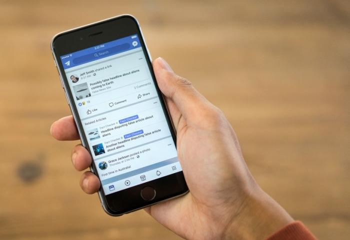 Facebook - smartphone