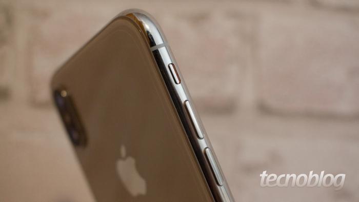 iPhone X (imagem: Lucas Braga/Tecnoblog)