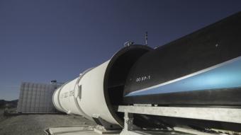 O transporte futurista Hyperloop atingiu um novo recorde de 387 km/h