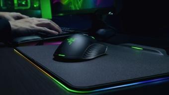 Razer anuncia mouse sem fio que recarrega via mousepad