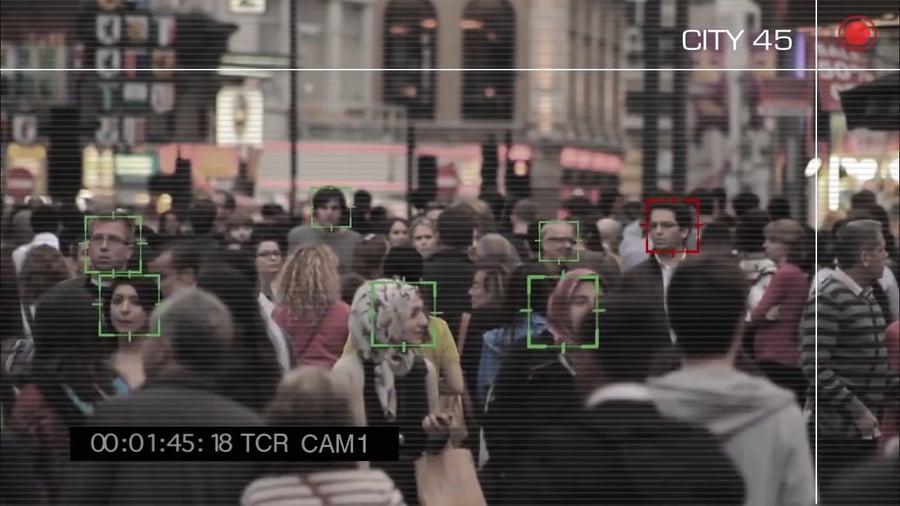 Polícia chinesa prende fugitivo escondido entre 60 mil pessoas usando inteligência artificial – Tecnoblog