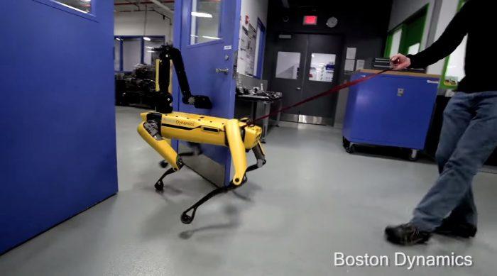 El robot Boston Dynamics abre puertas incluso si los humanos no quieren