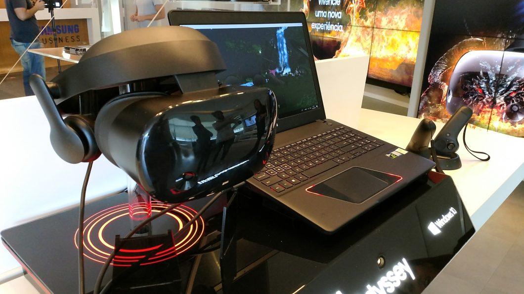 Samsung Lan 231 A Laptop Para Gamers E Headset De Realidade