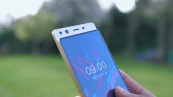 """A Doogee fez um smartphone com tela deslizante para evitar o """"notch"""""""