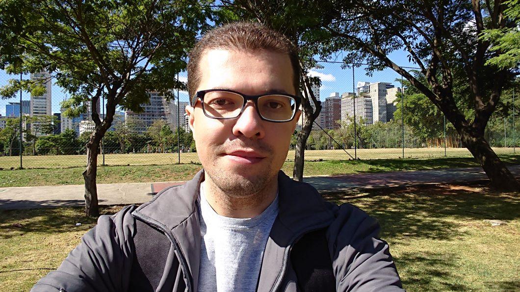Selfie registrada com o Xperia XZ2 Compact