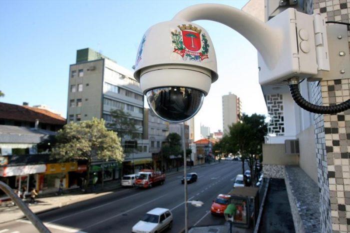 Câmera - Curitiba