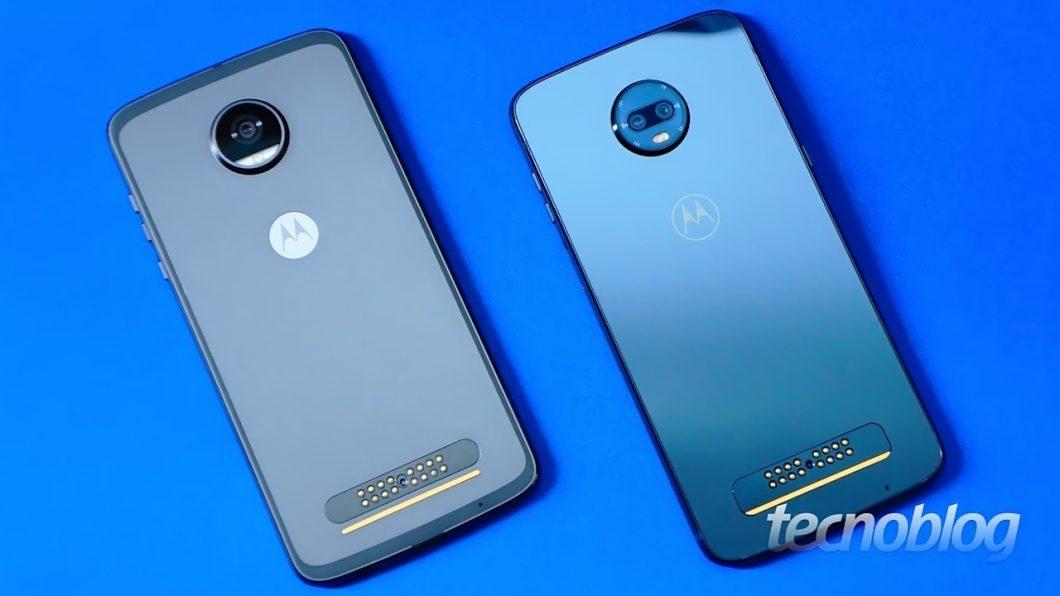 Moto Z2 Play (esquerda) e Moto Z3 Play