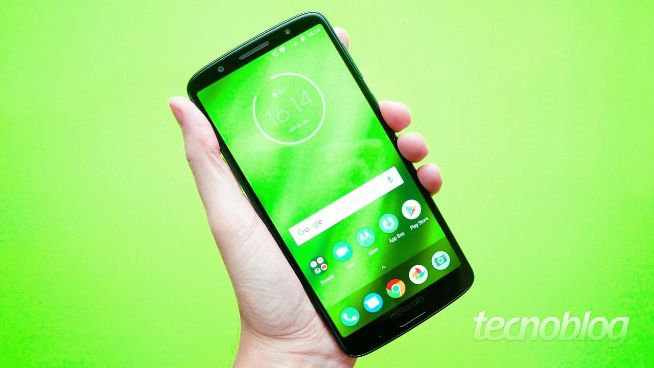 Review Moto G6 Plus  quase na medida certa  análise vídeo  - Tecnoblog 98c2dc8cb46