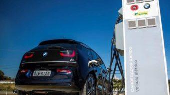 Projetos de estações de recarga de carros elétricos recebem apoio do BNDES