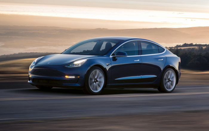 Tesla Model 3 (imagem: divulgação)