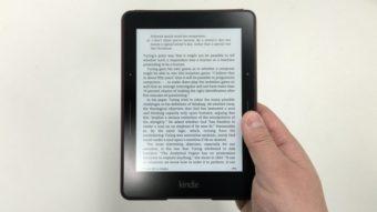 Amazon faz promoção de Kindle e deixa de vender Voyage no Brasil