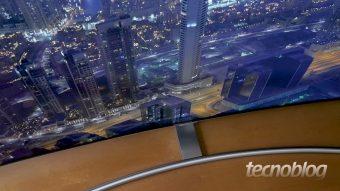 TV QLED Samsung Q8CN: a elegante curvada