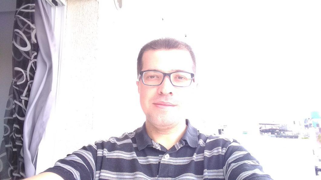 Selfie registrada com o Moto E5 Play