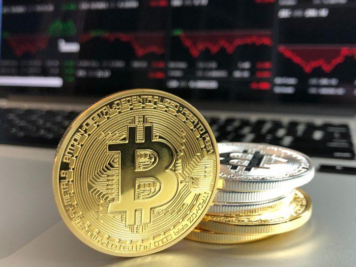 Bank Bitcoin / Pexels