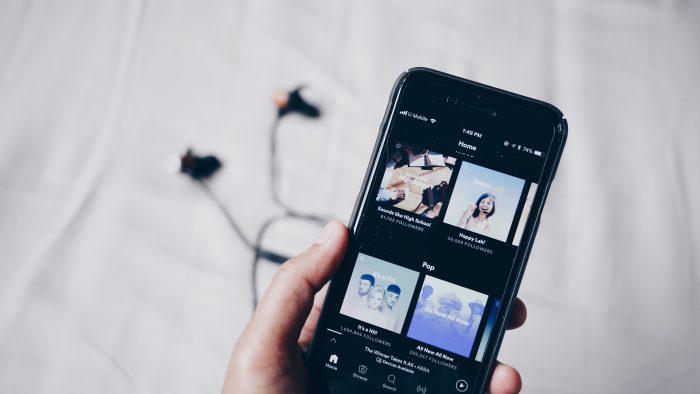 Spotify / Jean / Unsplash