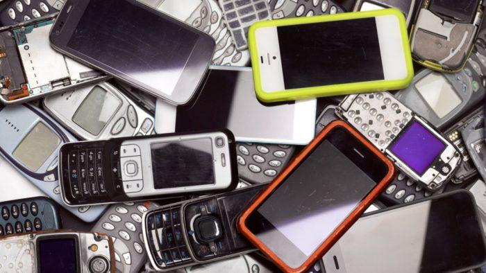 E-waste / Smartphones / o que é lixo eletrônico
