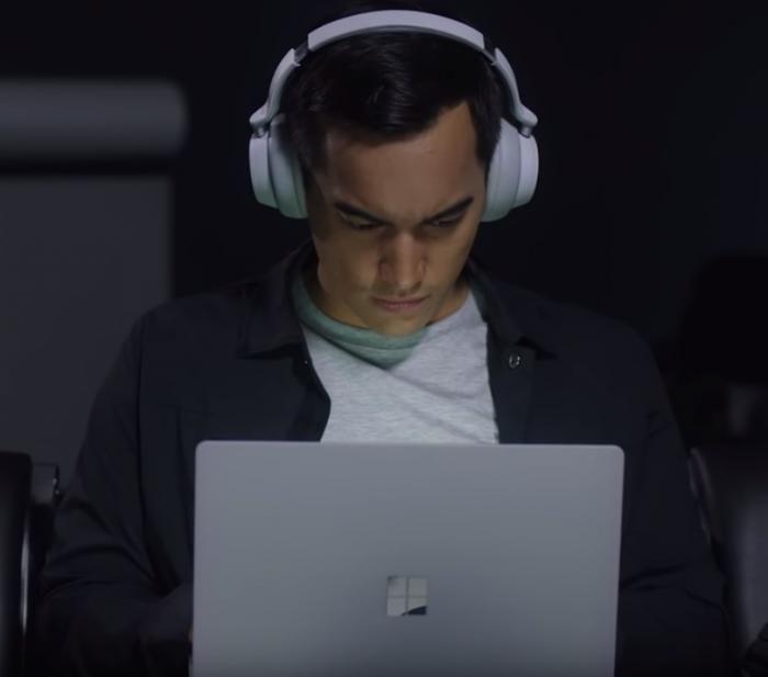 Surface Headphone es el auricular con cancelación de ruido de Microsoft 2