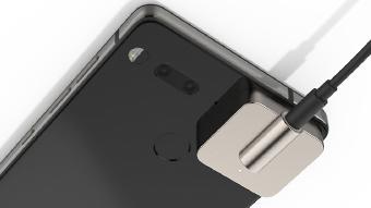 Essential Phone ganha módulo de US$ 149 com entrada para fone de ouvido