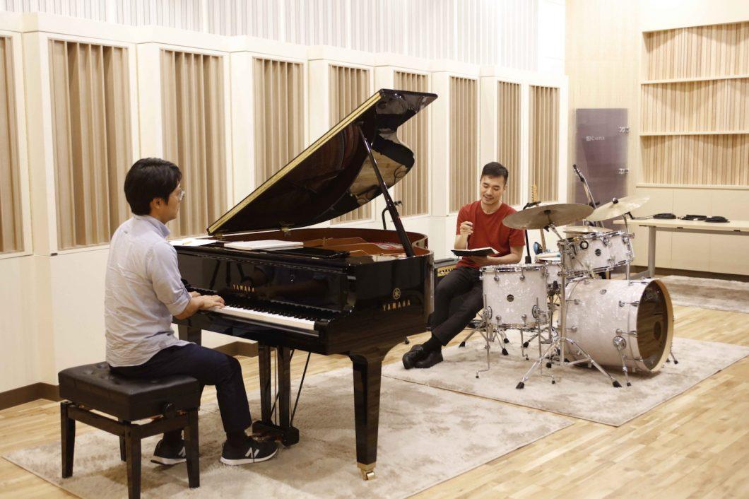 Os instrumentos musicais do laboratório de som da Samsung (Foto: Divulgação/Samsung)