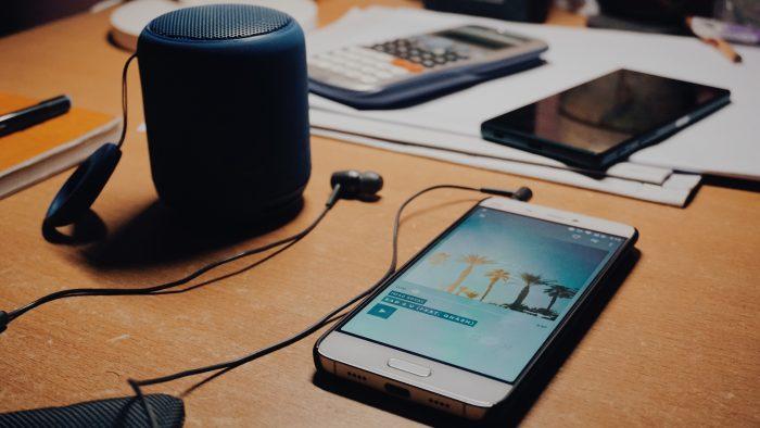 Assinaturas de streaming de música crescem 35% durante pandemia (Foto:Shuvro Mojumder / Unsplash)