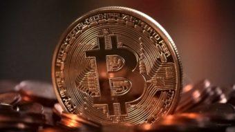 Bitcoin atinge novo recorde e ultrapassa US$ 35.000